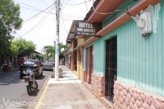 Hostal do a mercedes chinandega nicaragua for Hostal ciudad jardin