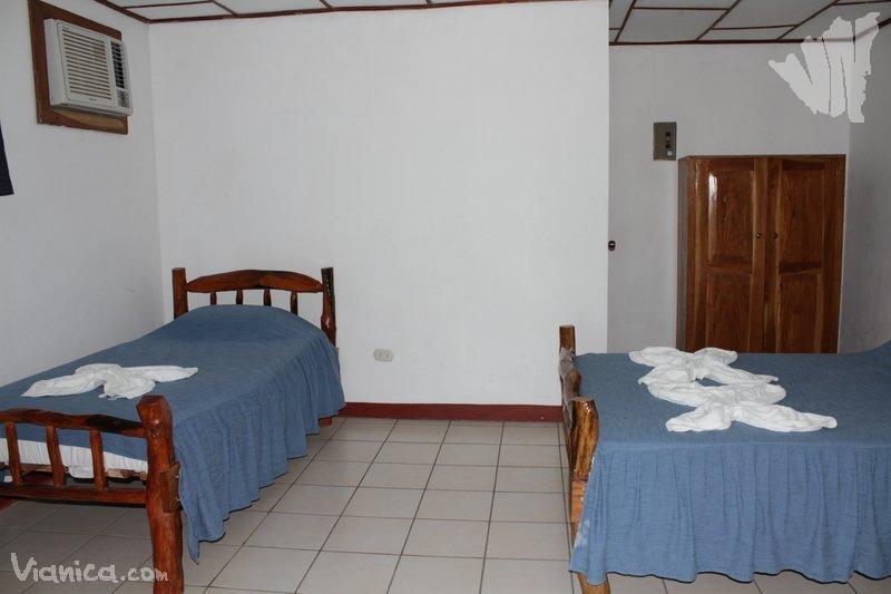 Caba a caba as villa aller nicaragua for Cama unipersonal
